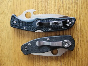 Picture of the Spyderco Endura 4 Wave and Persistance, showing the pocket clip differences.
